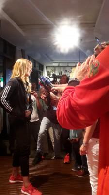 Pressemeute bei Steffi Graf