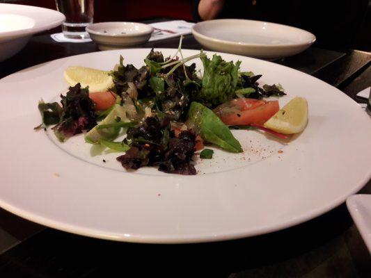 Salat aus dreierlei Algensorten