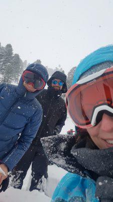 Ein Team im Schnee